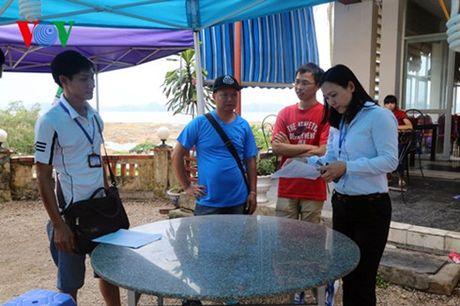 Quang Ninh: Xu phat 200 trieu dong cac vi pham ve hoat dong du lich - Anh 1