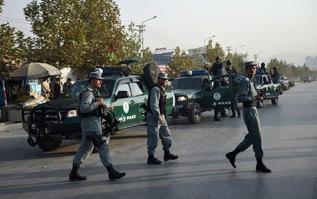 Afghanistan: Hoa binh va phat trien van con xa voi - Anh 2