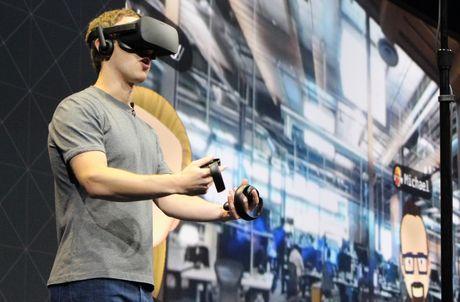 Facebook ra Oculus Rift 2 tao buoc tien moi trong trai nghiem VR - Anh 1