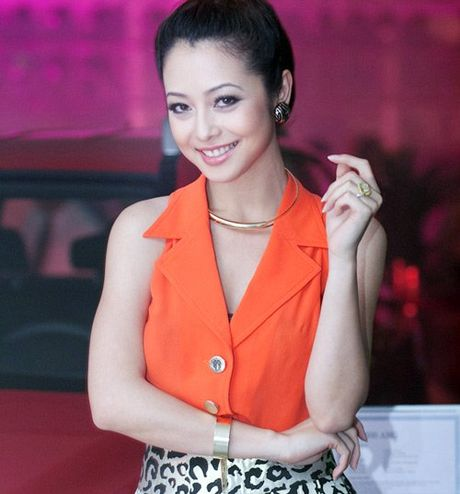 'Choang' voi nhan kim cuong dat do cua my nhan Viet - Anh 13