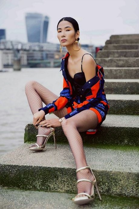 Hoang Thuy sexy, pho dien dang cap chan dai mien man - Anh 4