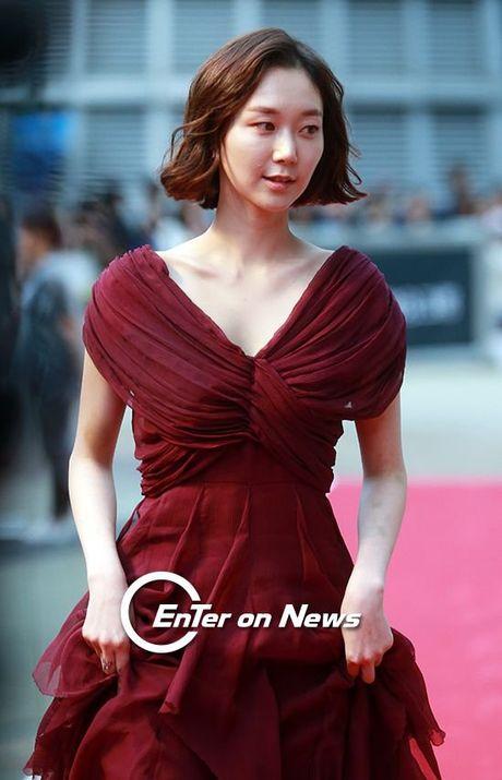 35 tuoi, Son Ye Jin tre trung khong kem sao phim 19+ - Anh 11