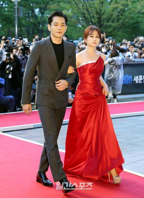 35 tuoi, Son Ye Jin tre trung khong kem sao phim 19+ - Anh 12