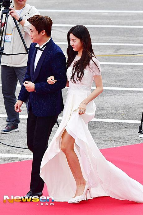 35 tuoi, Son Ye Jin tre trung khong kem sao phim 19+ - Anh 15