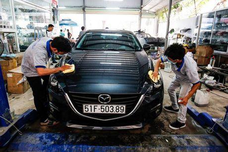 'Than den' Sai Gon do Mazda3 phong cach sieu xe - Anh 2
