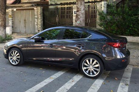 'Than den' Sai Gon do Mazda3 phong cach sieu xe - Anh 3