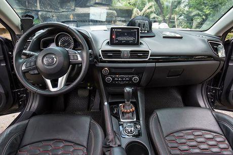 'Than den' Sai Gon do Mazda3 phong cach sieu xe - Anh 7