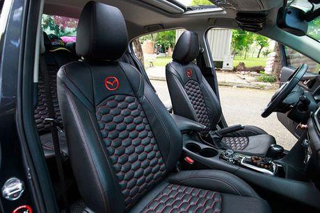 'Than den' Sai Gon do Mazda3 phong cach sieu xe - Anh 8