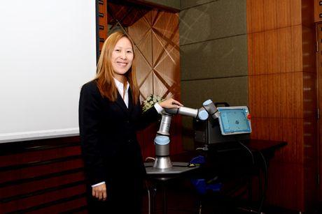 Cong ty san xuat Robot Dan Mach cong bo ke hoach mo rong vao thi truong Viet Nam - Anh 2