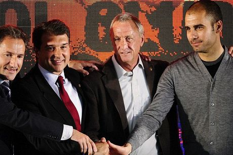 Pep Guardiola: 'Toi thieu no Johan Cruyff qua nhieu' - Anh 1