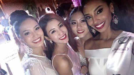 "Bao Nhu o cung phong thi sinh ""Cuong quoc Hoa hau"" Philippines - Anh 7"