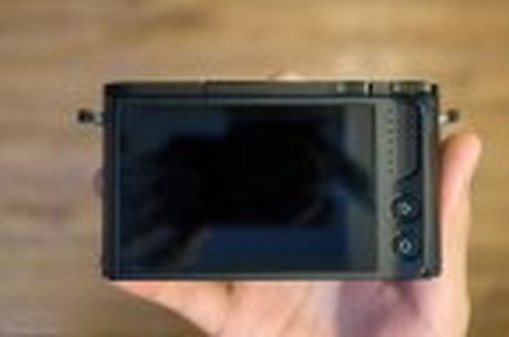 Tren tay Xiaomi Yi M1: may anh m4/3, khong guong lat, logo do voi gia 8,5 trieu dong - Anh 11