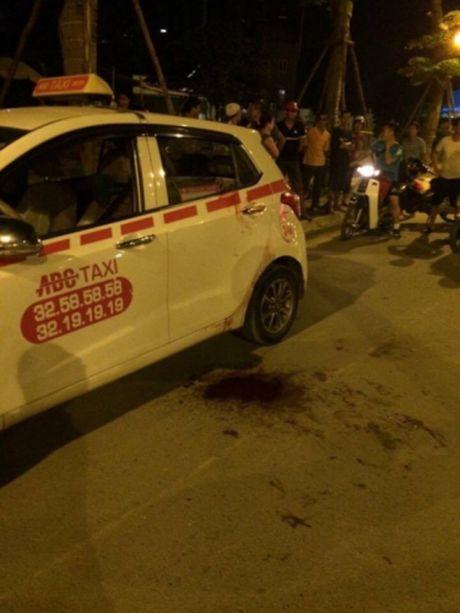 Vu cua co taxi cuop tai san o duong Vo Chi Cong: Am uc vi khong xin duoc viec, 9x di cuop tai san? - Anh 2
