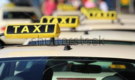 Chuyen ve bac taxi thu nhap 20 trieu/thang - Anh 1