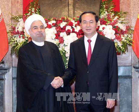Tong thong Iran ket thuc chuyen tham Viet Nam - Anh 1