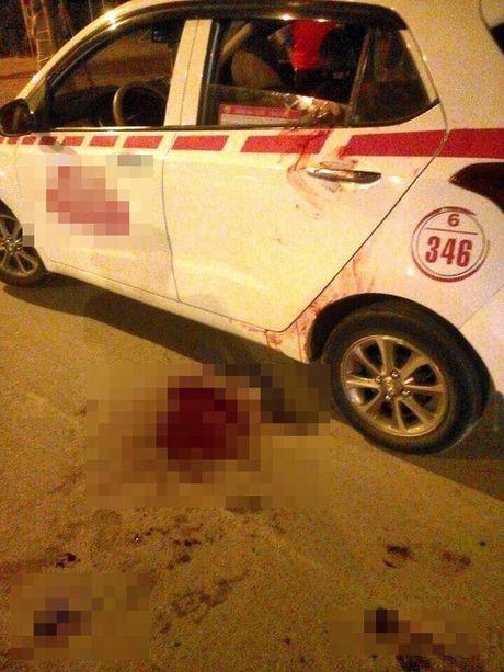 Ha Noi: Kinh hoang thanh nien 9x cua co tai xe cuop xe taxi - Anh 1