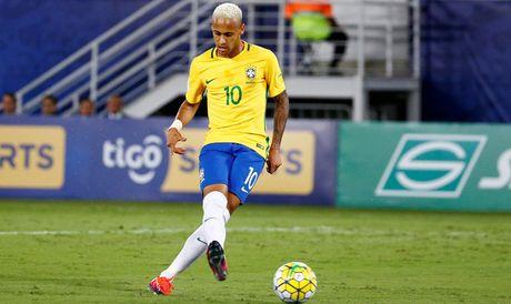 Brazil thang dam nho Neymar, Argentina hoa chat vat Peru - Anh 1