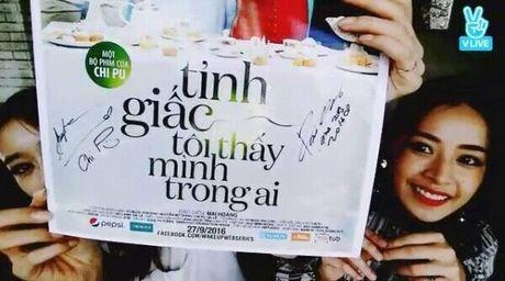 Chi Pu gay bao khi khoe anh selfie do sac voi Jiyeon nhom T-ara - Anh 5