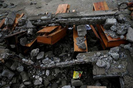Chum anh: Haiti te liet, 339 nguoi chet vi sieu bao Matthew - Anh 9