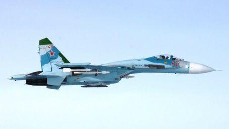 Phan Lan to Su-27 Nga 1 ngay 2 lan xam pham khong phan - Anh 1