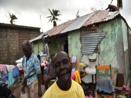 Bao Matthew can quet Haiti, hang tram nguoi thiet mang - Anh 1