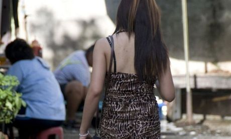 Thai Lan rung dong vi duong day buon ban phu nu mua vui - Anh 1