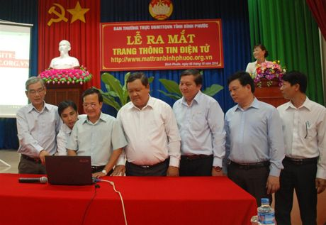 Uy ban MTTQ tinh Binh Phuoc ra mat trang thong tin dien tu - Anh 1