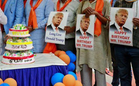 Nguoi dan khap the gioi nghi gi ve Trump - Anh 5
