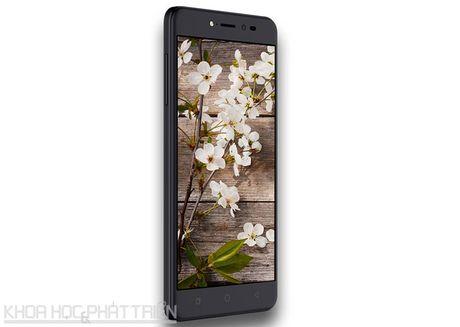 Smartphone selfie, RAM 4 GB, pin 4.010 mAh, gia gan 4 trieu dong - Anh 18