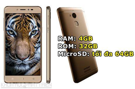 Smartphone selfie, RAM 4 GB, pin 4.010 mAh, gia gan 4 trieu dong - Anh 2