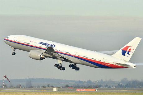 Tim thay nhieu manh vo cua may bay MH370 - Anh 1