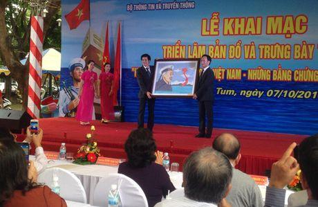 Dua Hoang Sa, Truong Sa gan hon voi dong bao tinh Kon Tum - Anh 2