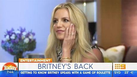 Britney Spears to ra vui mung khi Brad Pitt ly hon - Anh 2