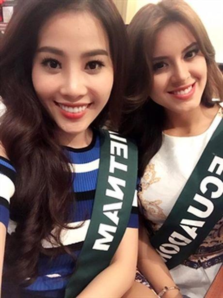 Can canh nhan sac nguoi dep Viet Nam ngay dau o Hoa hau Trai dat - Anh 2