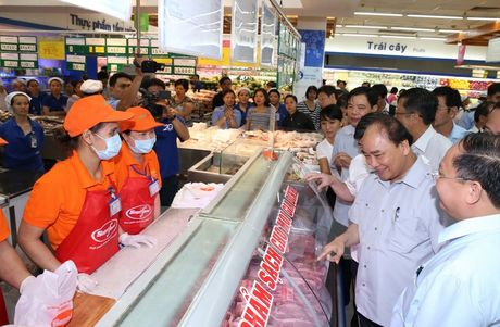 Thu tuong 'vi hanh' kiem tra thuc pham tai Thanh pho Ho Chi Minh - Anh 8