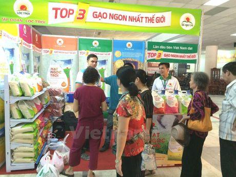 Hoi cho 'Thuc pham-Nong san sach' thu hut nguoi tieu dung Thu do - Anh 4