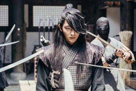 Lee Jun Ki can moc 1 trieu luot theo doi tren Instagram - Anh 10