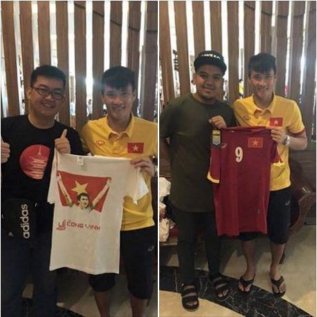 Cong Vinh dang anh khoe co 'fan cuong' o Indonesia - Anh 1