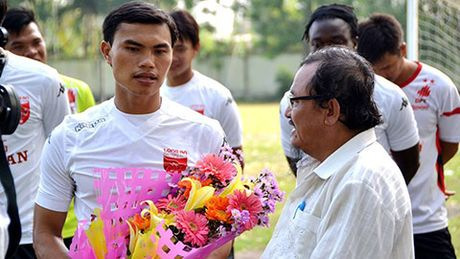 Tien ve Phan Van Tai Em chia tay su nghiep thi dau - Anh 1