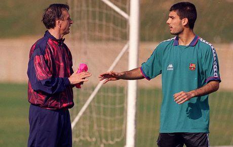 Pep cham chap hon... ba noi cua Johan Cruyff - Anh 1