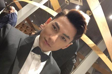 Isaac duoc vinh danh tai LHP Quoc te Busan o Han Quoc - Anh 10
