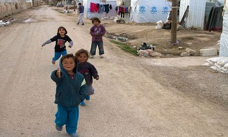 Canh song kho khan cua nguoi ti nan Syria tai Lebanon - Anh 1