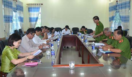 Ban phap che HDND lam viec voi Trai Tam giam CATP Da Nang - Anh 1