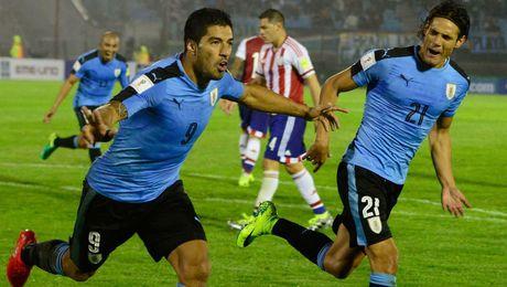 Suarez danh got kien tao nhu co mat sau lung, Cavani ghi ban huy diet Venezue - Anh 1