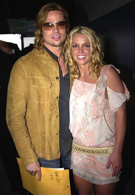 Britney Spears hao huc khi Brad Pitt ly hon - Anh 1