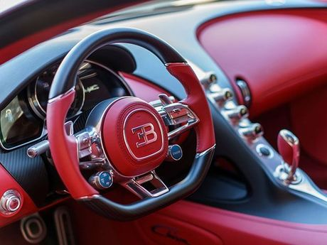 Bugatti Chiron–'Ong hoang toc do' xuat xuong gia 2,6 trieu USD - Anh 4