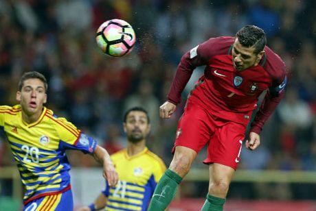 Ronaldo lap ky luc 4 ban: Va con tim da vui tro lai - Anh 2