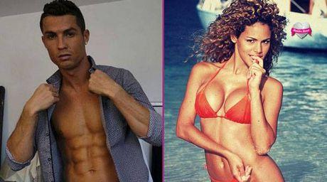 Ronaldo tan tinh bo cu cua tay dam 'Doc co cau bai' - Anh 1