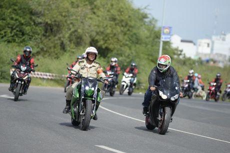 Hanh trinh Honda Winner 150 : 4 dinh cuc - Van chan troi - Anh 2