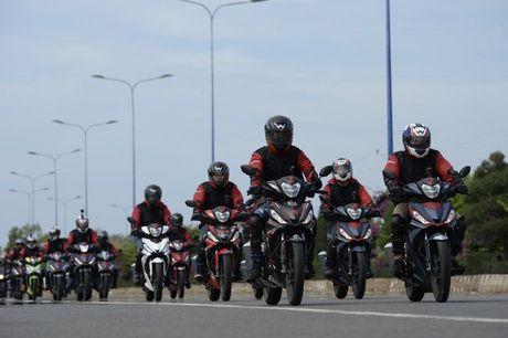 Hanh trinh Honda Winner 150 : 4 dinh cuc - Van chan troi - Anh 3